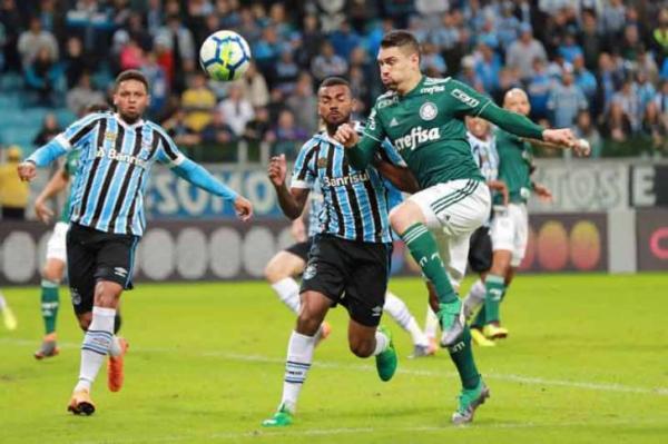 Renato Gaúcho elogia atuação do Palmeiras e sai em defesa do atacante André