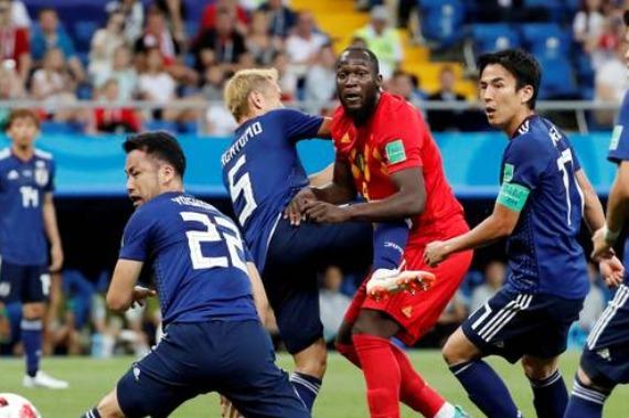 Bélgica leva susto, mas vence Japão no último lance e enfrenta Brasil nas quartas