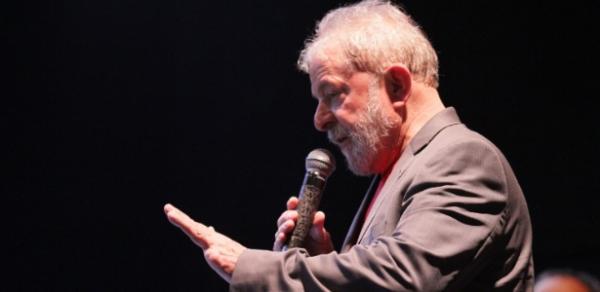 Presidente do TRF-4 determina manutenção de prisão de Lula