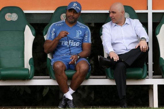 Por que a crise do Palmeiras vai muito além de Roger Machado?