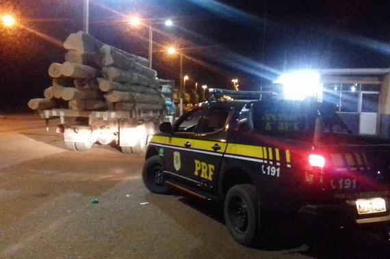 Carga de madeira ilegal é apreendida em Dom Eliseu