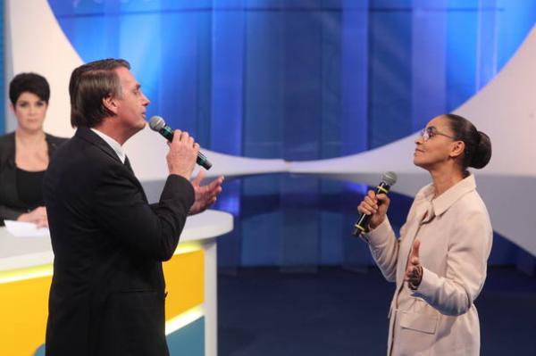 Bolsonaro nega que tenha sido grosseiro em embate com Marina. VEJA VÍDEO