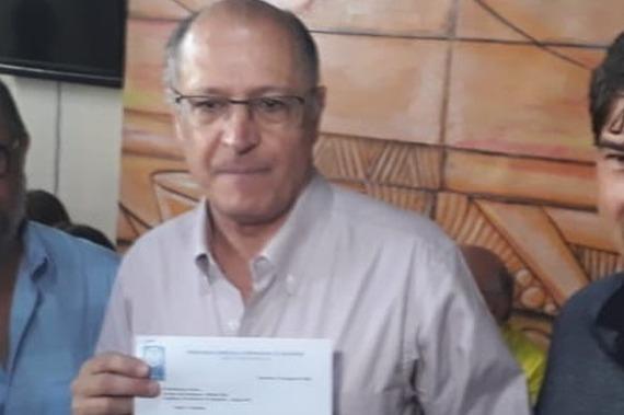 Em Santarém, Alckmin critica Temer, a quem deu apoio para assumir a presidência