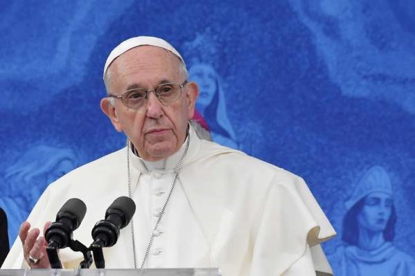 Papa Francisco afirma que 'não dirá uma palavra' sobre acusação de encobrir abusos sexuais