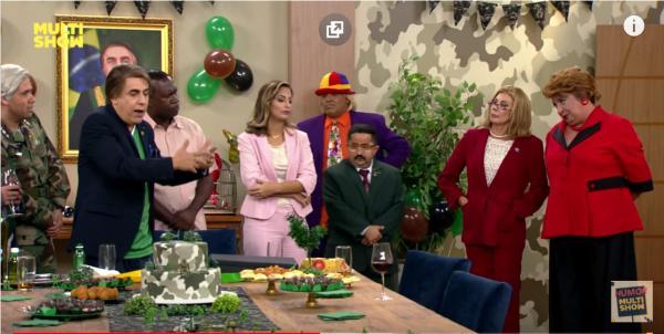 Dilma aparece de surpresa no aniversário de Tomsonaro